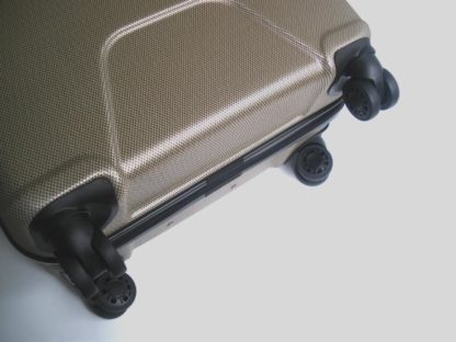 chemodan-dorozhnyj-m-plastikovyj-gabol-custom-bezh-foto-koles