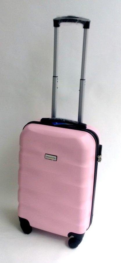 chemodan-dorozhnyj-s-davinci-light-pink-foto